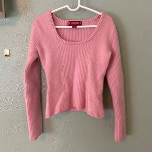 Pink cropped cashmere sweater